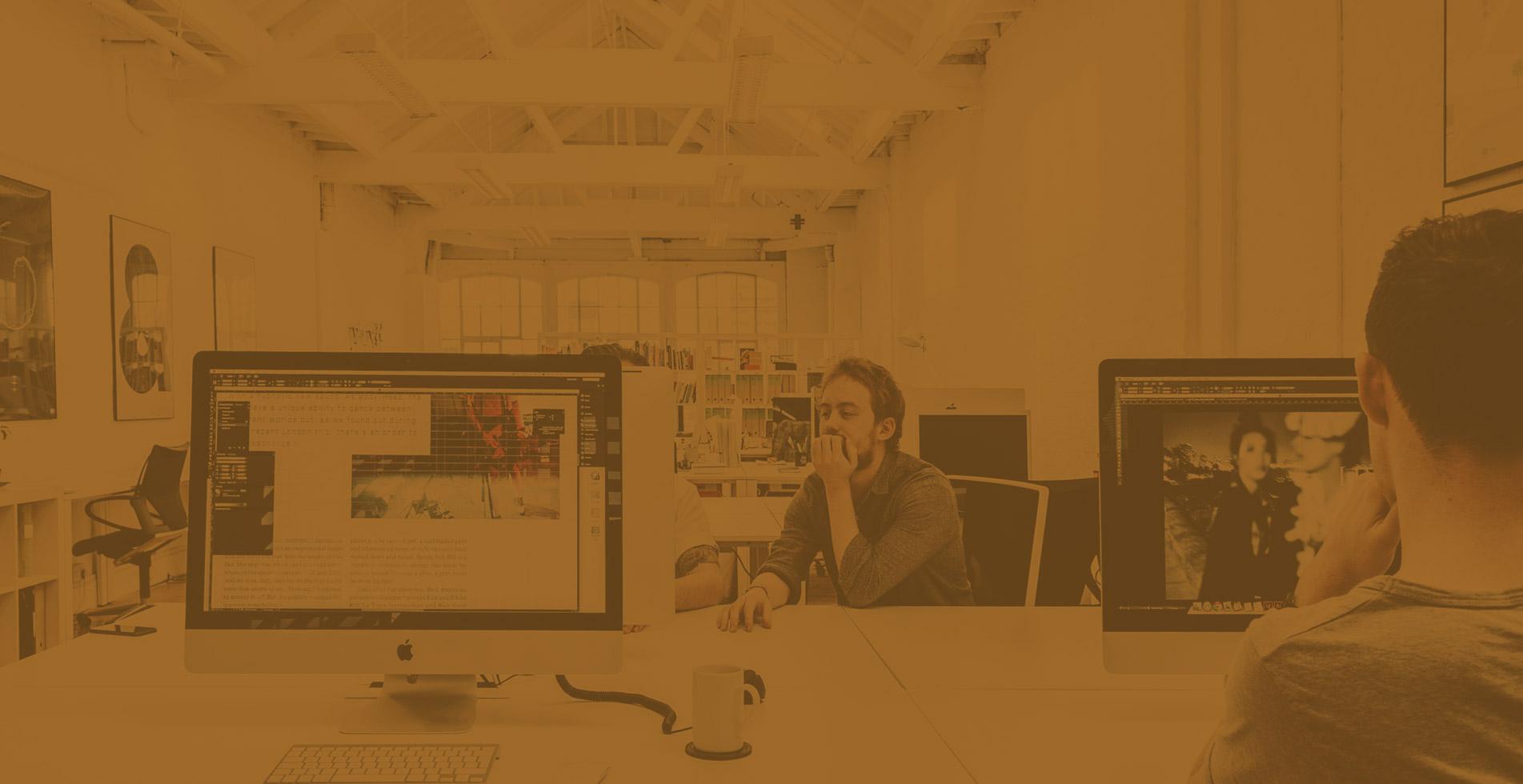 Capa de fundo do slider da página principal da Total FX.